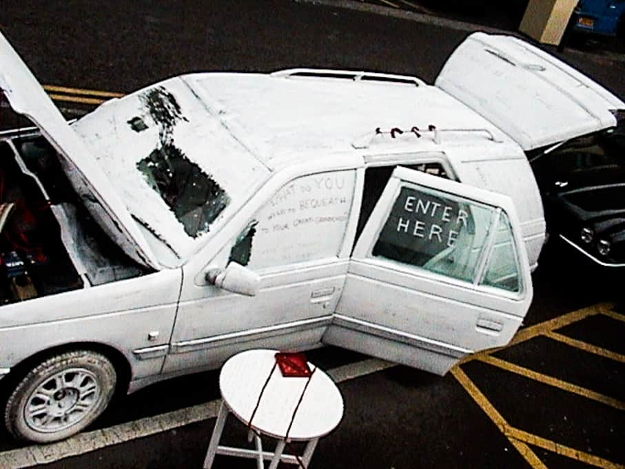 02-white-car-by-sandy-spieler-486