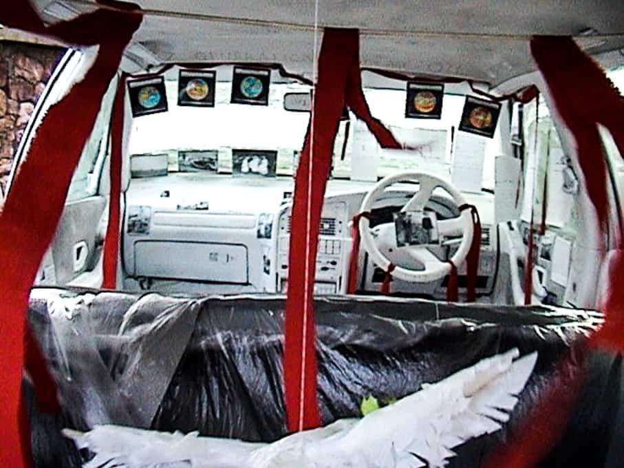 11-white-car-by-sandy-spieler-603