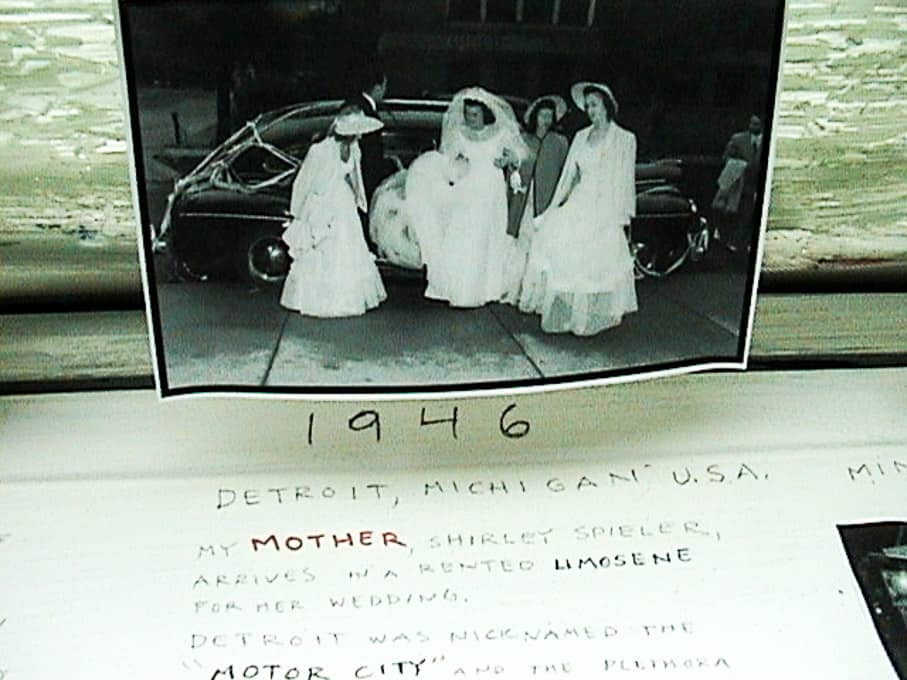 18-white-car-by-sandy-spieler-528